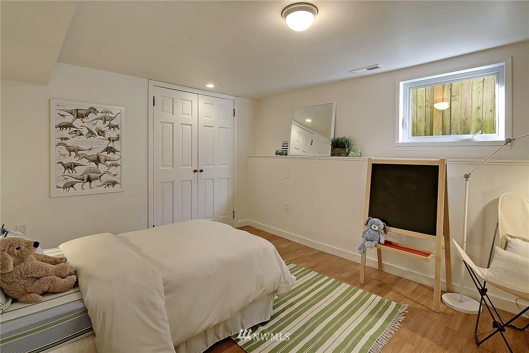 Sold Property | 851 NW 61st Street Seattle, WA 98107 10