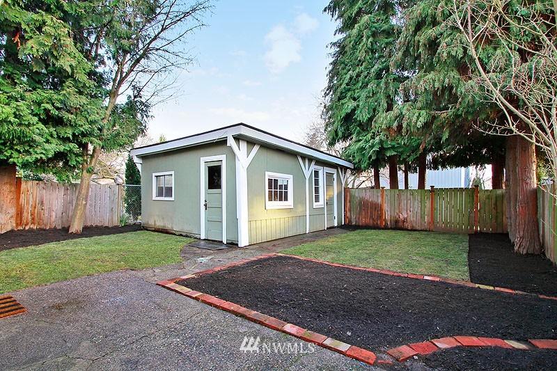 Sold Property | 851 NW 61st Street Seattle, WA 98107 13