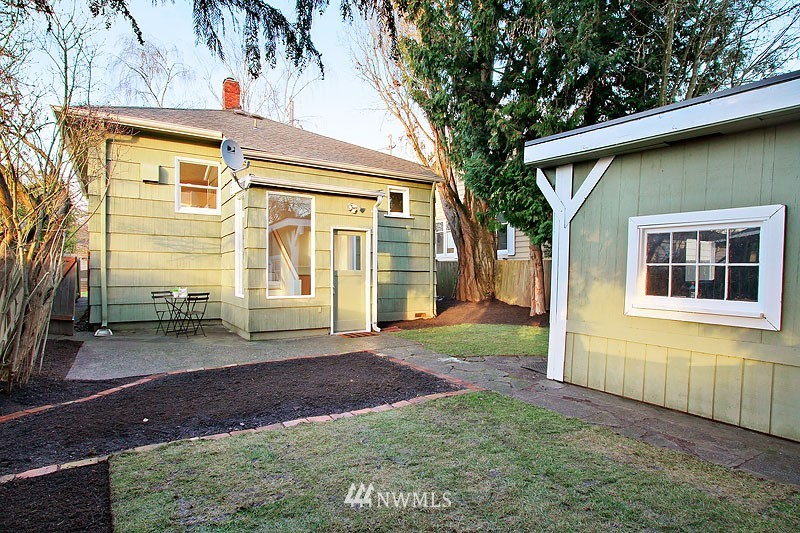 Sold Property | 851 NW 61st Street Seattle, WA 98107 14