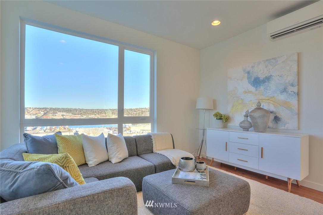 Sold Property   1208 W Emerson Street Seattle, WA 98119 14