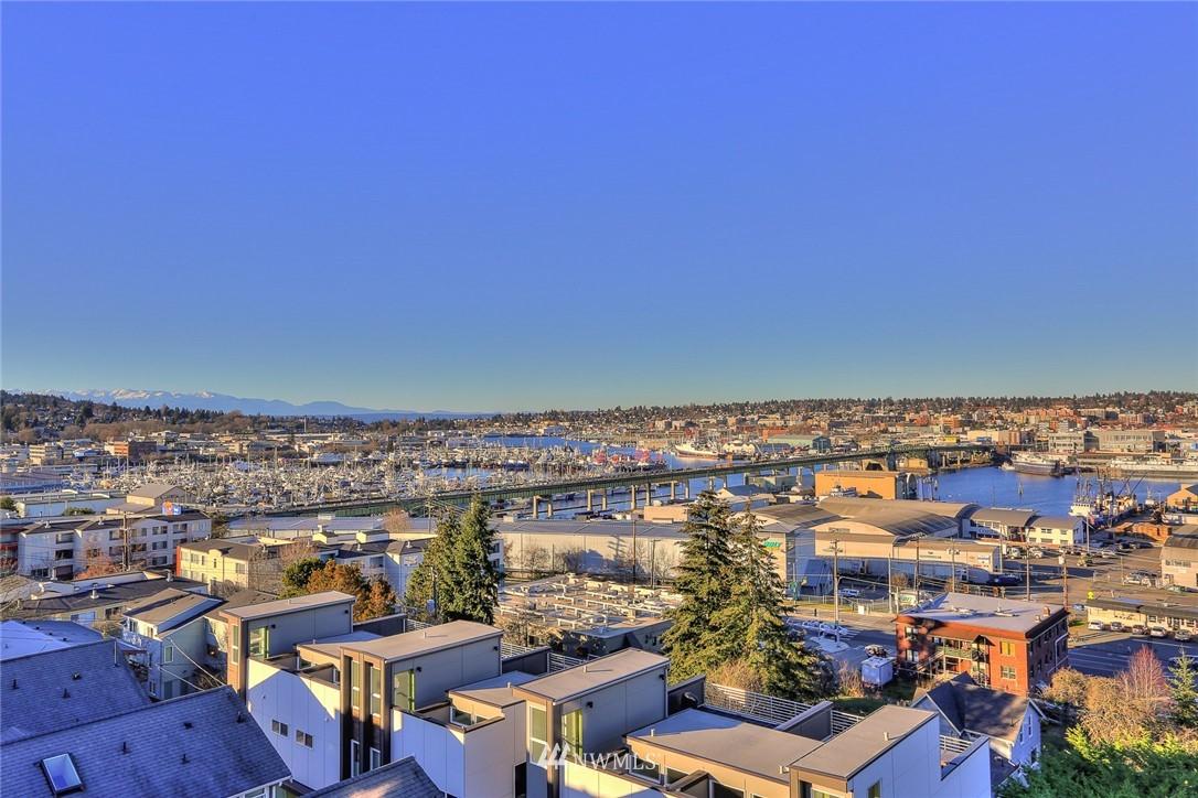 Sold Property   1208 W Emerson Street Seattle, WA 98119 24