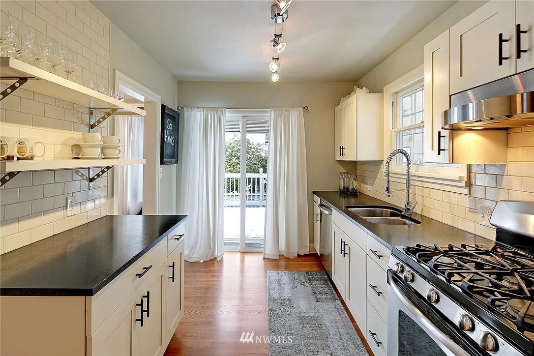 Sold Property   1706 NW 61st Street Seattle, WA 98107 7