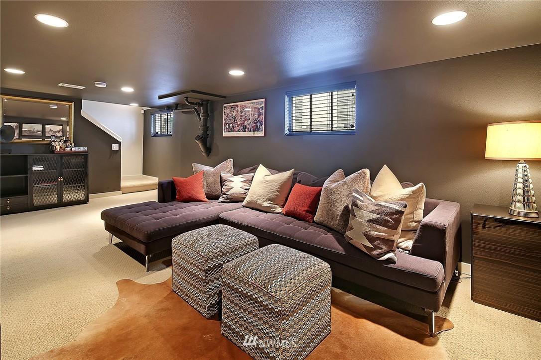 Sold Property   1706 NW 61st Street Seattle, WA 98107 14