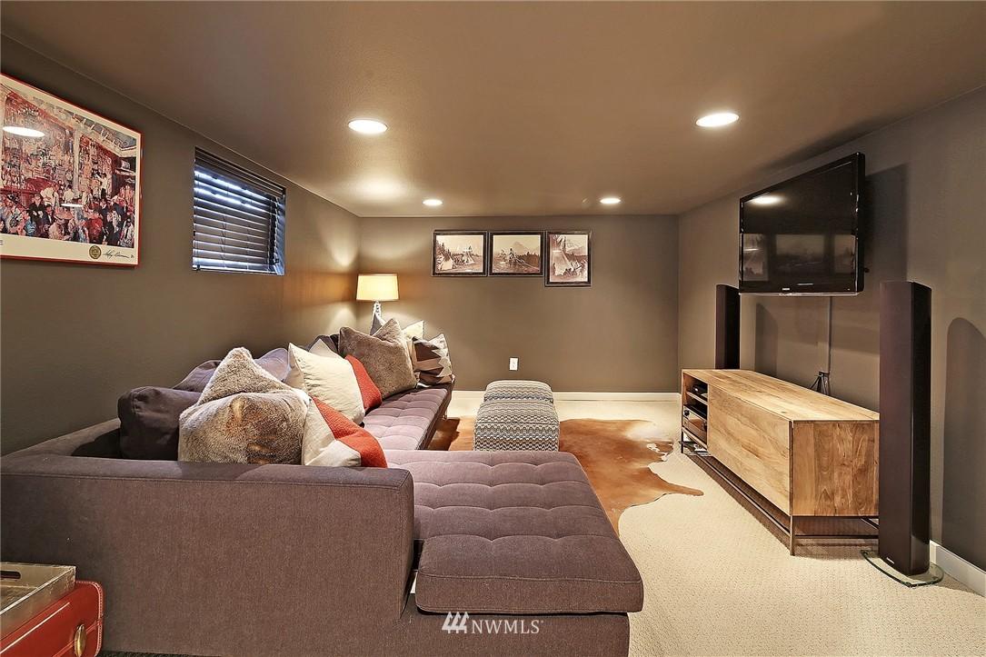 Sold Property   1706 NW 61st Street Seattle, WA 98107 15