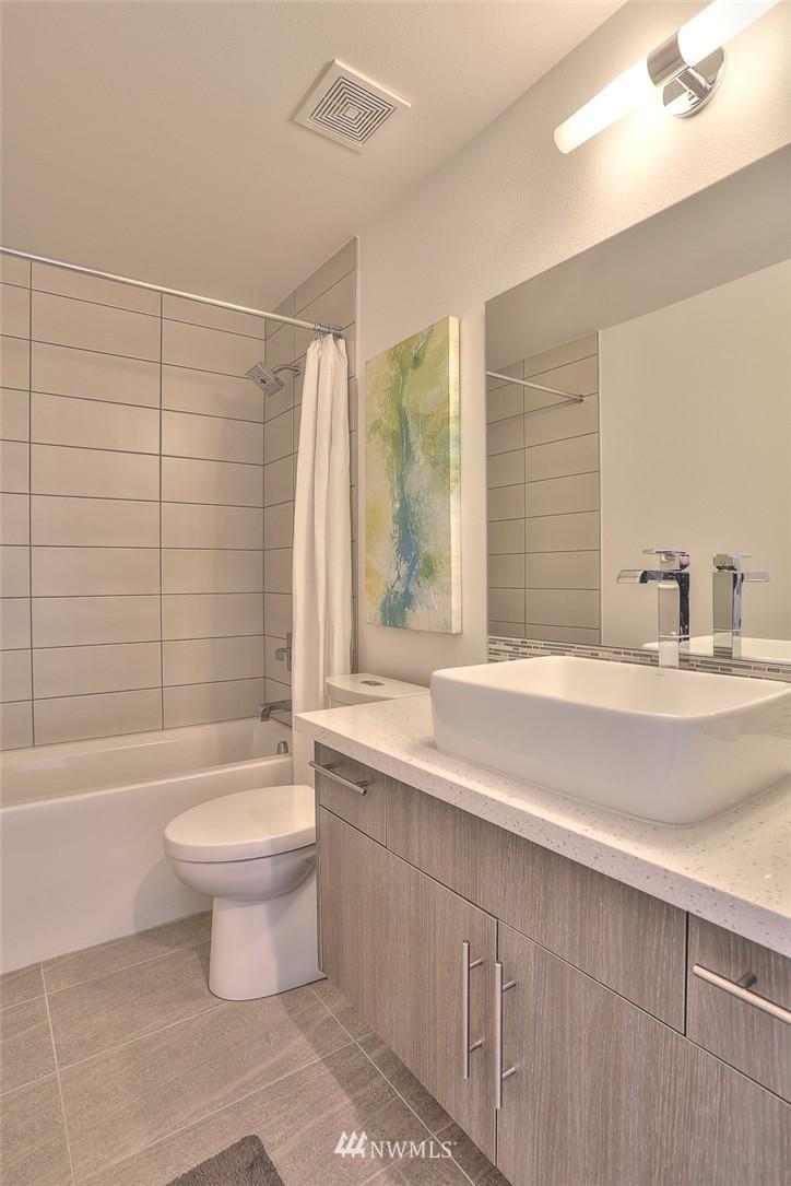 Sold Property   1210 W Emerson Street Seattle, WA 98119 5
