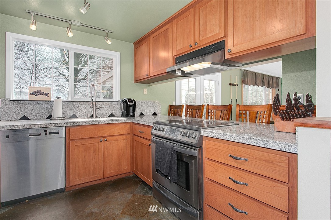 Sold Property | 7502 7th Drive W Everett, WA 98203 6