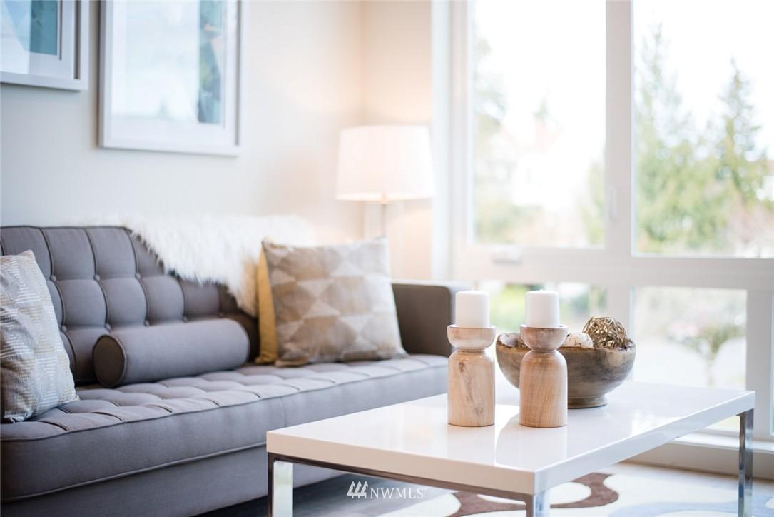 Sold Property | 1608 E Thomas Street Seattle, WA 98112 2