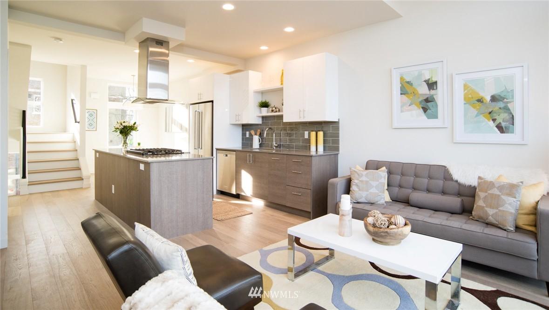Sold Property | 1608 E Thomas Street Seattle, WA 98112 3