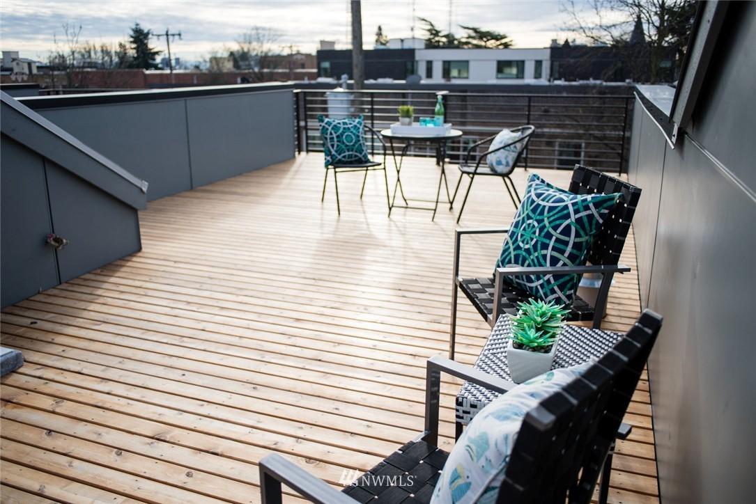 Sold Property | 1608 E Thomas Street Seattle, WA 98112 0