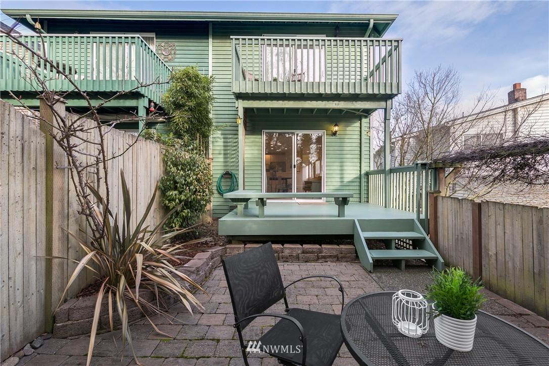 Sold Property | 7423 Sunnyside Avenue N Seattle, WA 98103 13