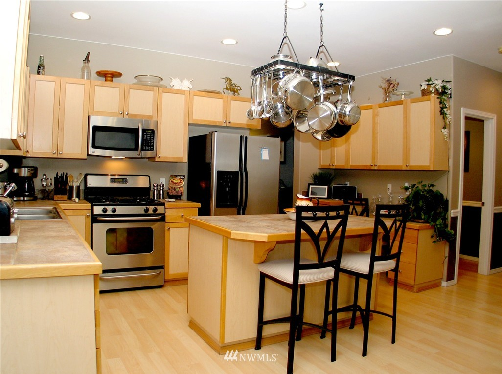 Sold Property | 22426 SE 281st Street Maple Valley, WA 98038 5
