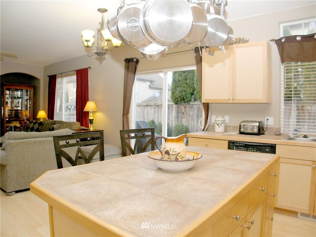 Sold Property | 22426 SE 281st Street Maple Valley, WA 98038 8