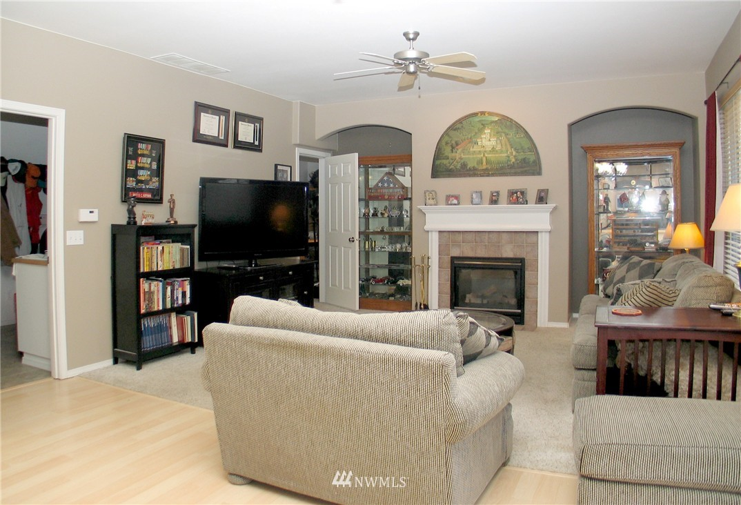 Sold Property | 22426 SE 281st Street Maple Valley, WA 98038 10