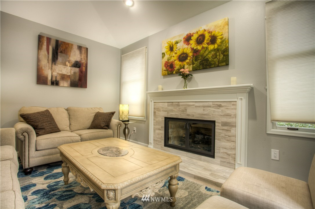 Sold Property   18925 NE 103rd Street Redmond, WA 98052 4