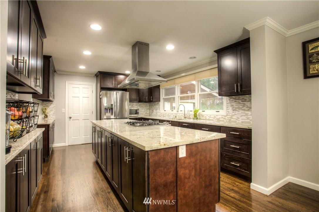 Sold Property   18925 NE 103rd Street Redmond, WA 98052 6