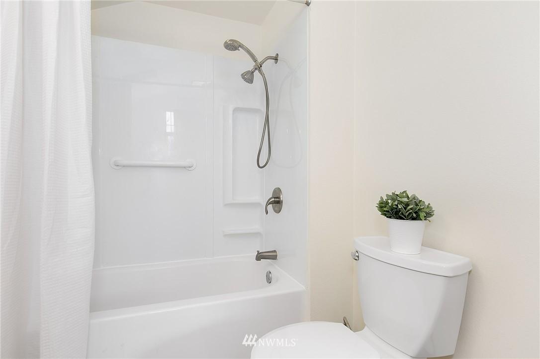 Sold Property | 5956 28th Avenue S Seattle, WA 98108 15