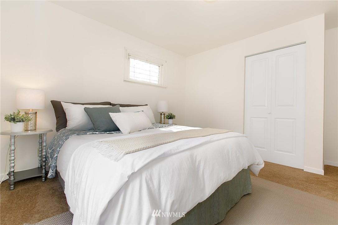 Sold Property | 5956 28th Avenue S Seattle, WA 98108 13