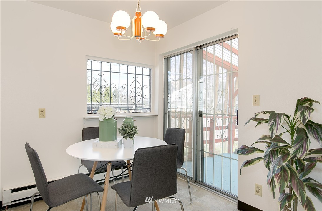 Sold Property | 5956 28th Avenue S Seattle, WA 98108 7