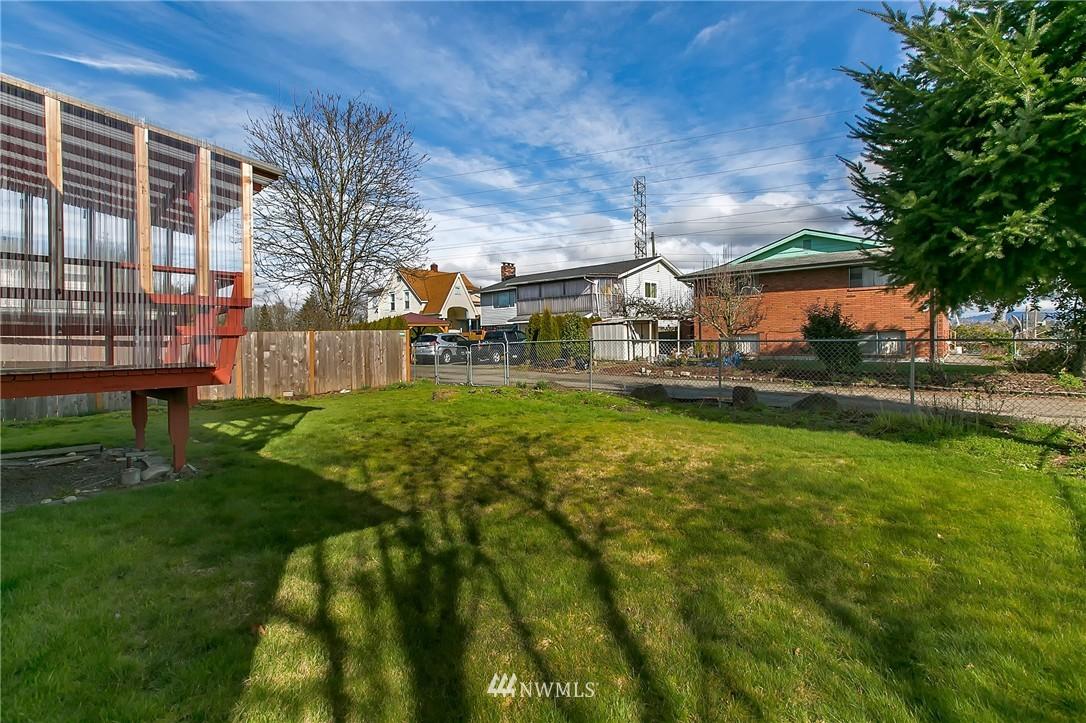 Sold Property | 5956 28th Avenue S Seattle, WA 98108 22