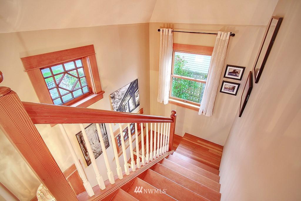 Sold Property | 6513 Sunnyside Avenue N Seattle, WA 98103 1