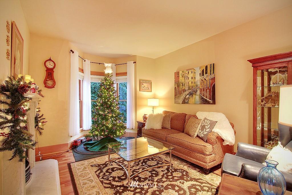 Sold Property | 6513 Sunnyside Avenue N Seattle, WA 98103 6