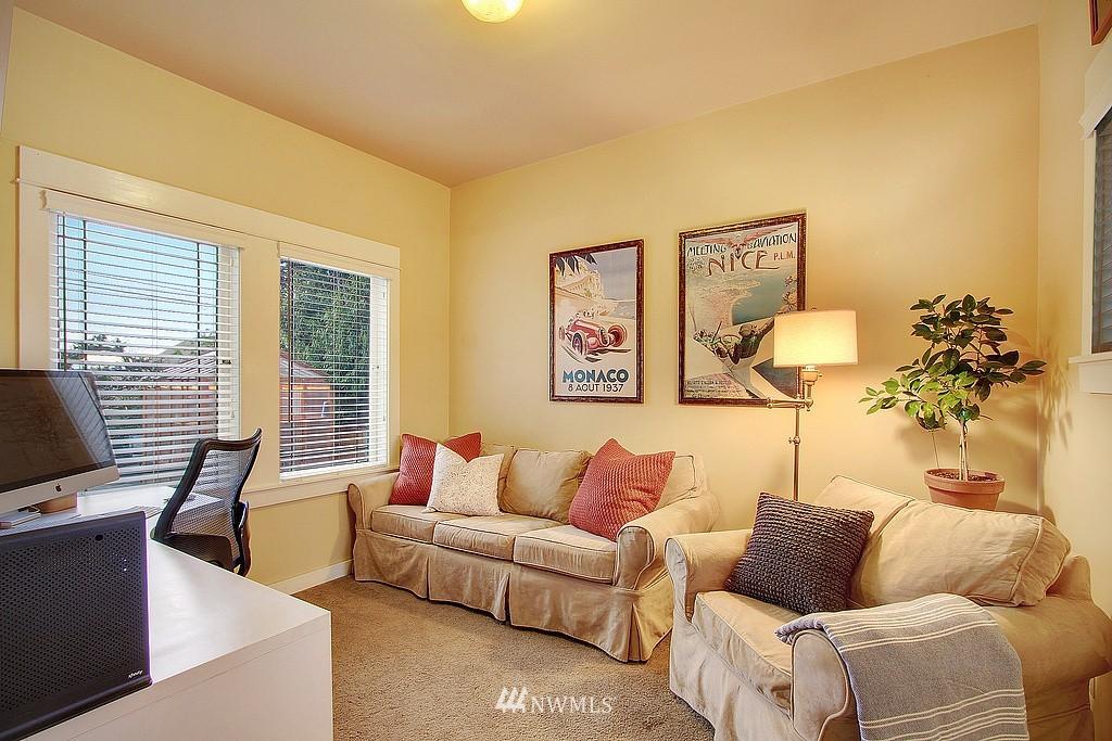 Sold Property | 6513 Sunnyside Avenue N Seattle, WA 98103 8