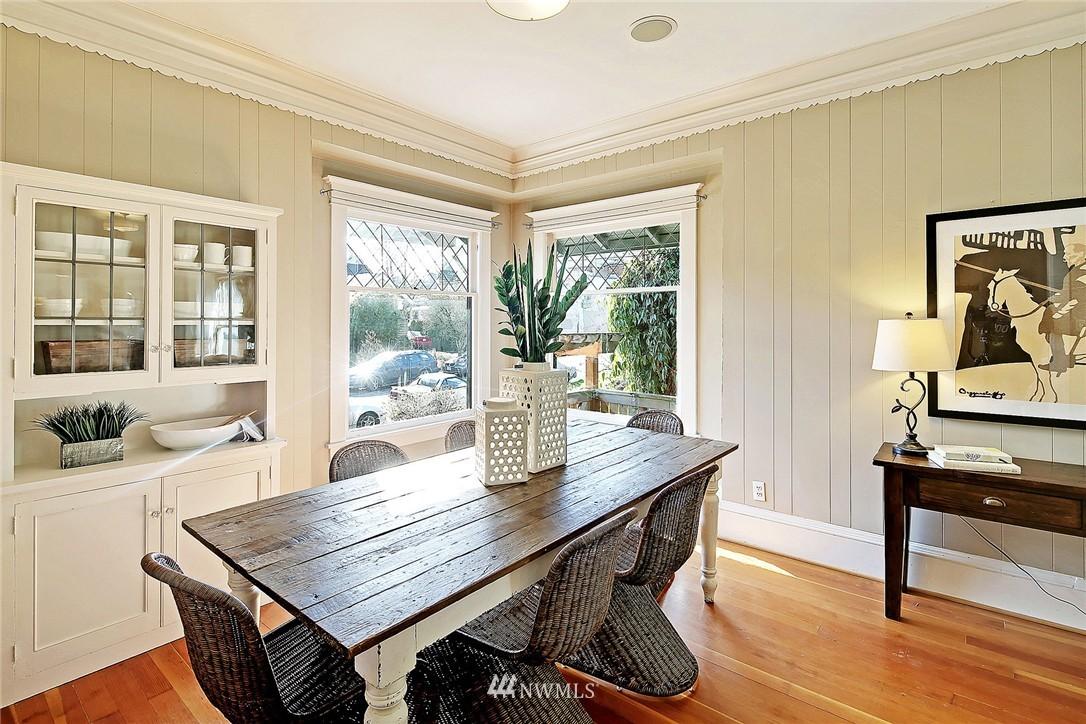 Sold Property   418 N 61st Street Seattle, WA 98103 4