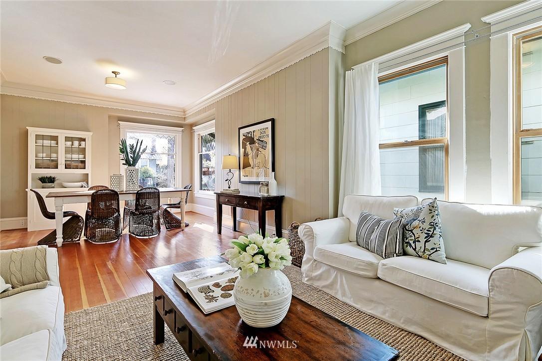 Sold Property   418 N 61st Street Seattle, WA 98103 5