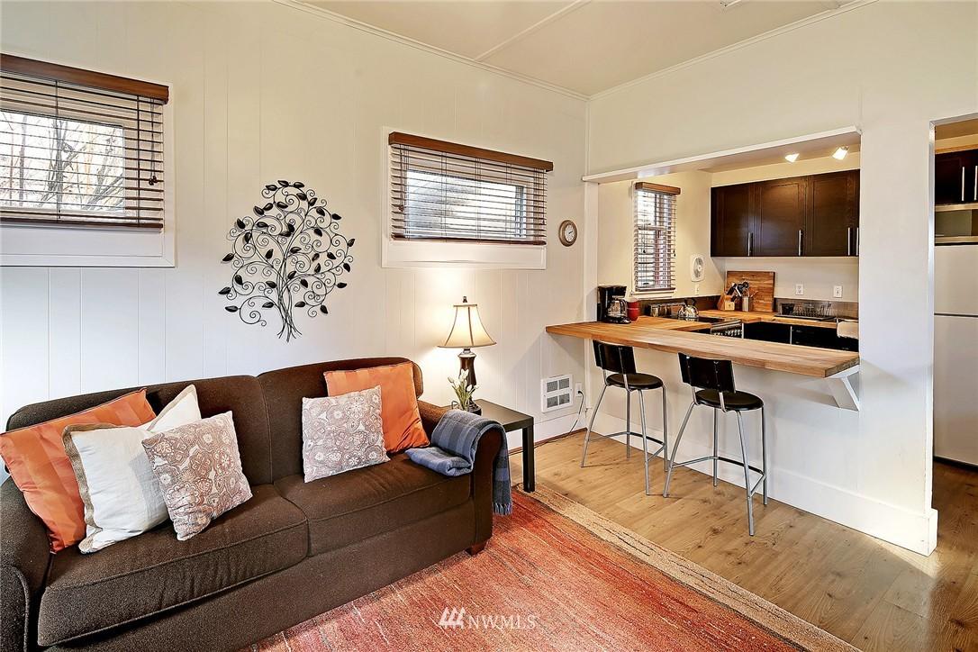 Sold Property   418 N 61st Street Seattle, WA 98103 23