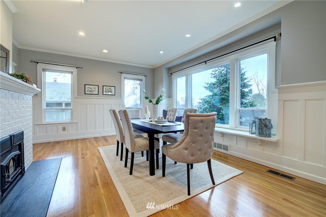 Sold Property | 2223 4th Avenue N Seattle, WA 98109 5