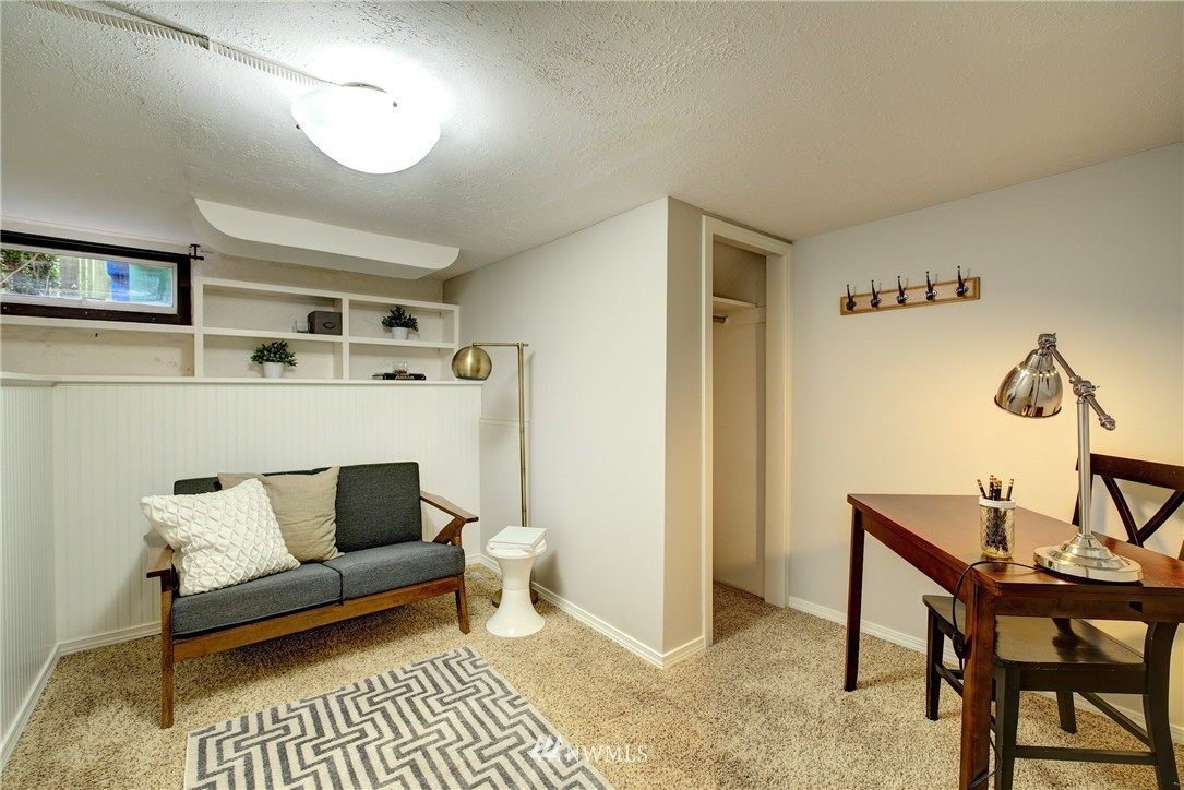 Sold Property | 2223 4th Avenue N Seattle, WA 98109 18