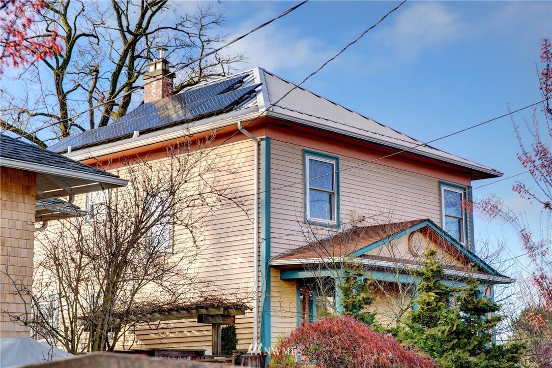 Sold Property | 2223 4th Avenue N Seattle, WA 98109 23