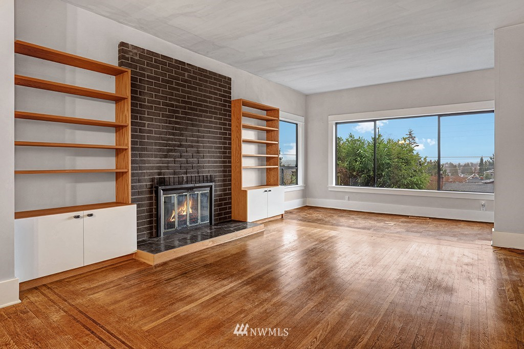 Sold Property | 6716 2nd Avenue NW Seattle, WA 98117 1
