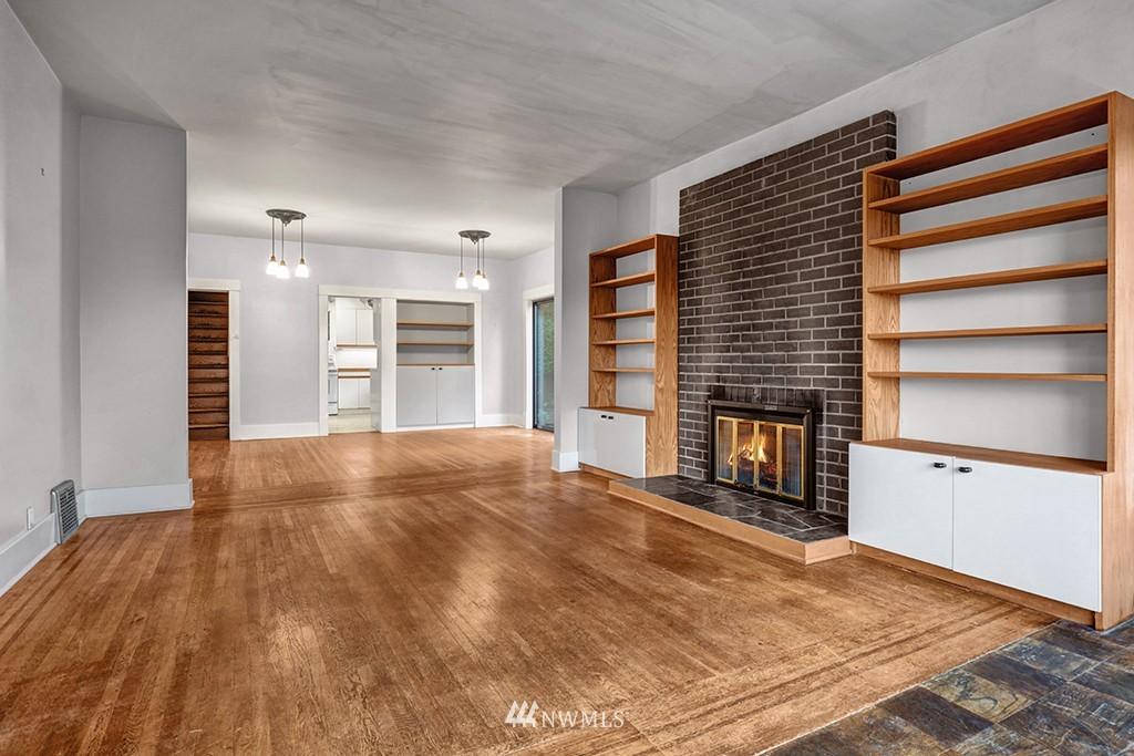 Sold Property | 6716 2nd Avenue NW Seattle, WA 98117 2