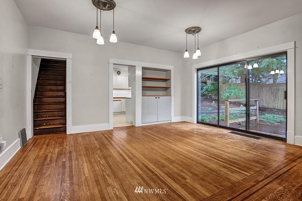 Sold Property | 6716 2nd Avenue NW Seattle, WA 98117 3