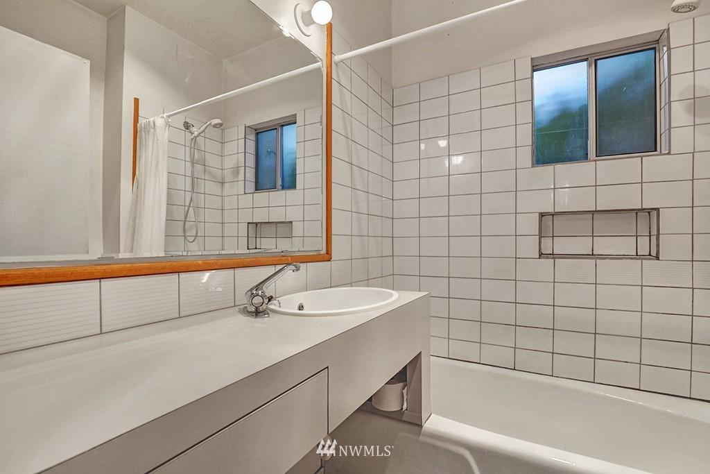 Sold Property | 6716 2nd Avenue NW Seattle, WA 98117 8