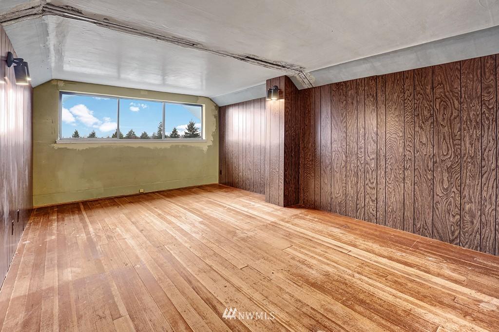 Sold Property | 6716 2nd Avenue NW Seattle, WA 98117 10