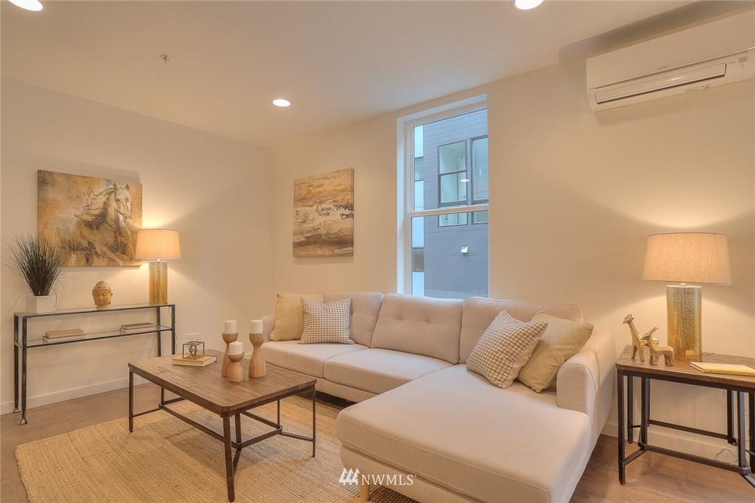 Sold Property | 5759 NE 63rd Street Seattle, WA 98115 8