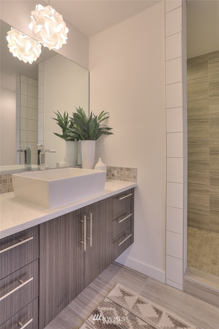 Sold Property | 5759 NE 63rd Street Seattle, WA 98115 17