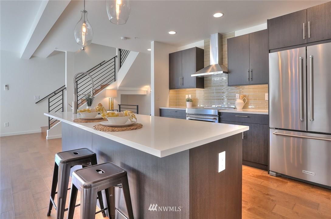 Sold Property | 5759 NE 63rd Street Seattle, WA 98115 2