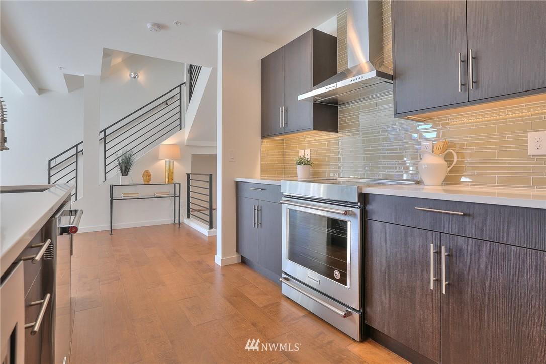 Sold Property | 5759 NE 63rd Street Seattle, WA 98115 3