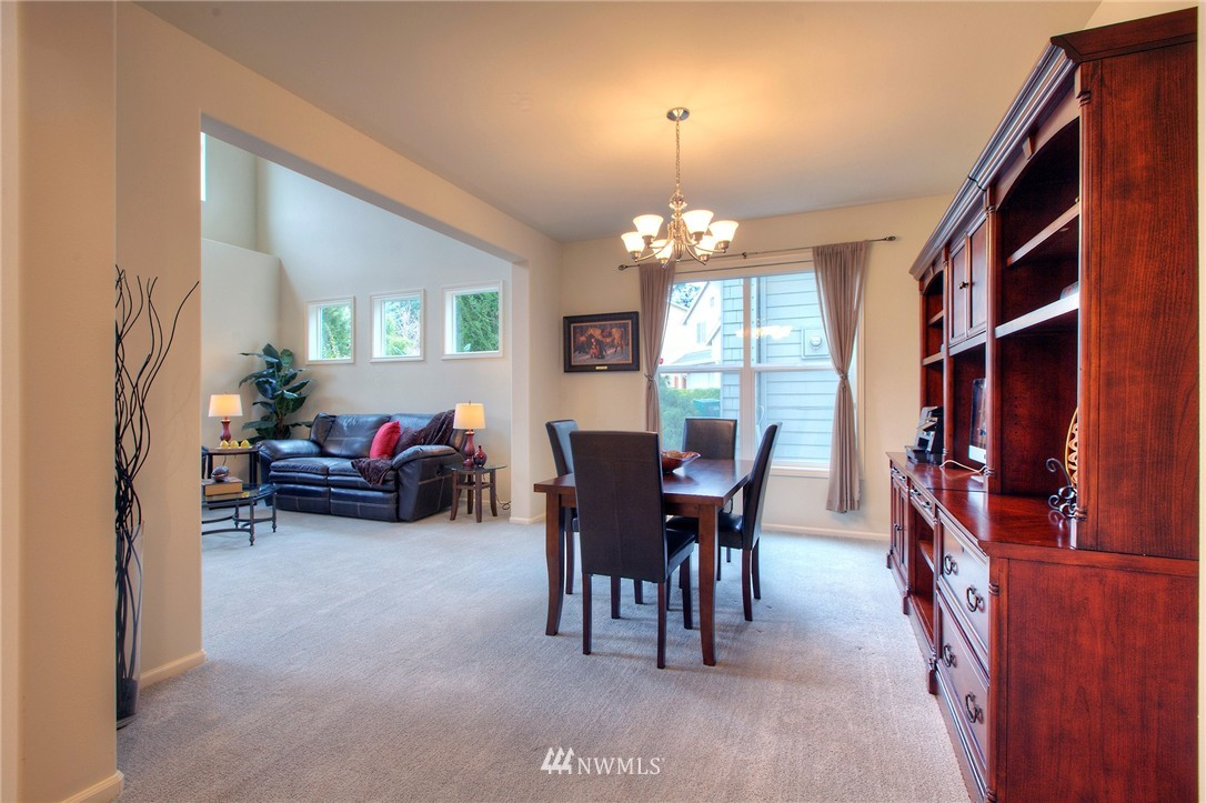 Sold Property   1919 NE 32nd Street Renton, WA 98056 3