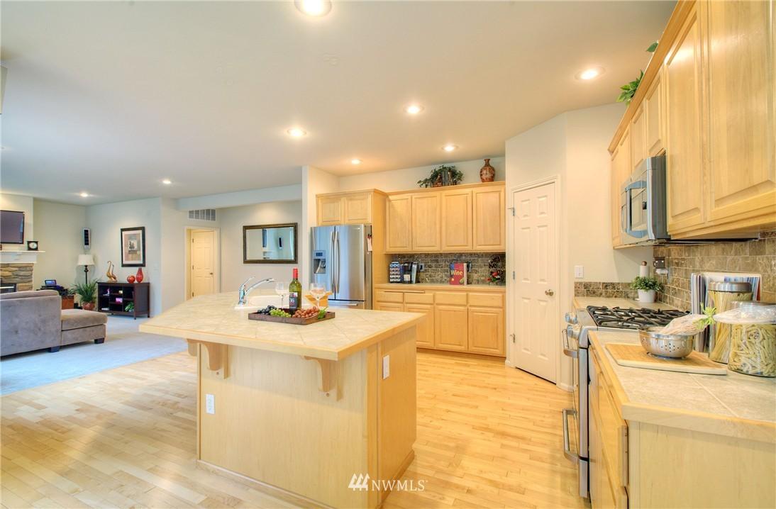 Sold Property   1919 NE 32nd Street Renton, WA 98056 5
