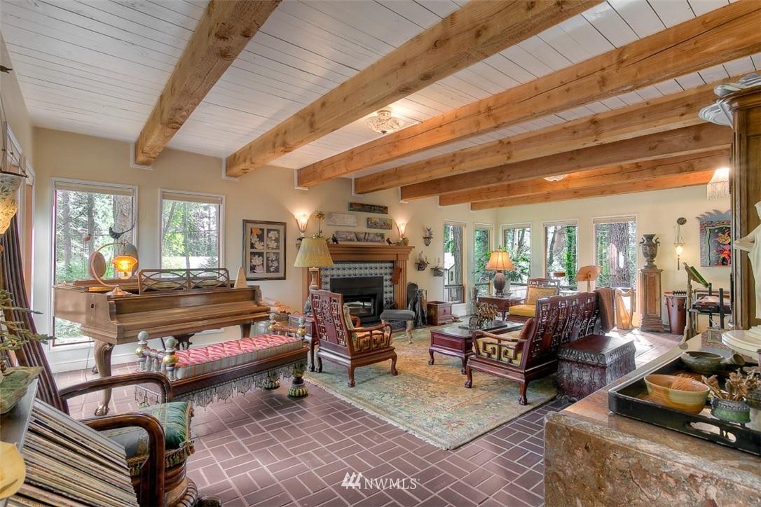 Sold Property | 11611 73rd Place NE Kirkland, WA 98034 3