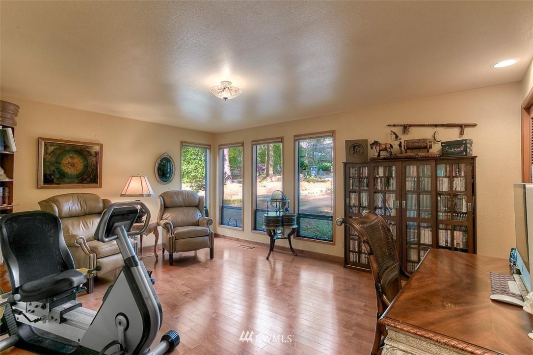 Sold Property | 11611 73rd Place NE Kirkland, WA 98034 7