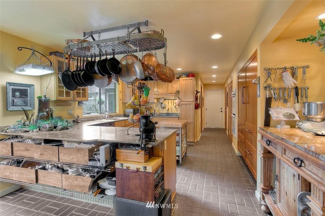Sold Property | 11611 73rd Place NE Kirkland, WA 98034 12