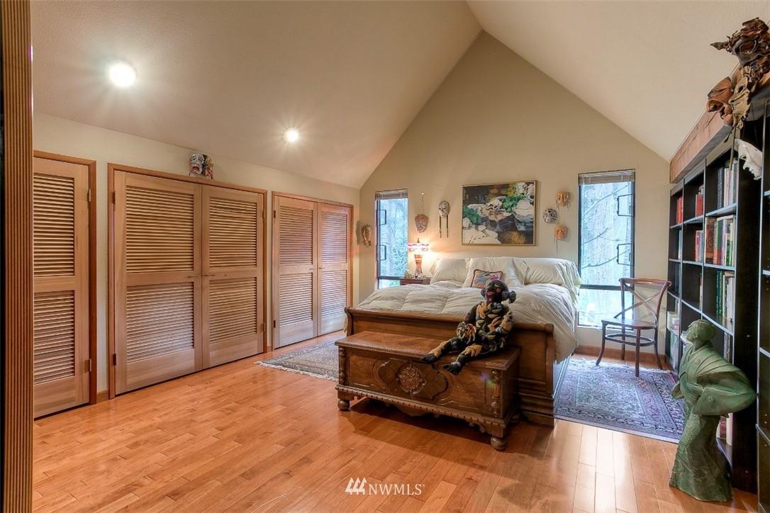 Sold Property | 11611 73rd Place NE Kirkland, WA 98034 15