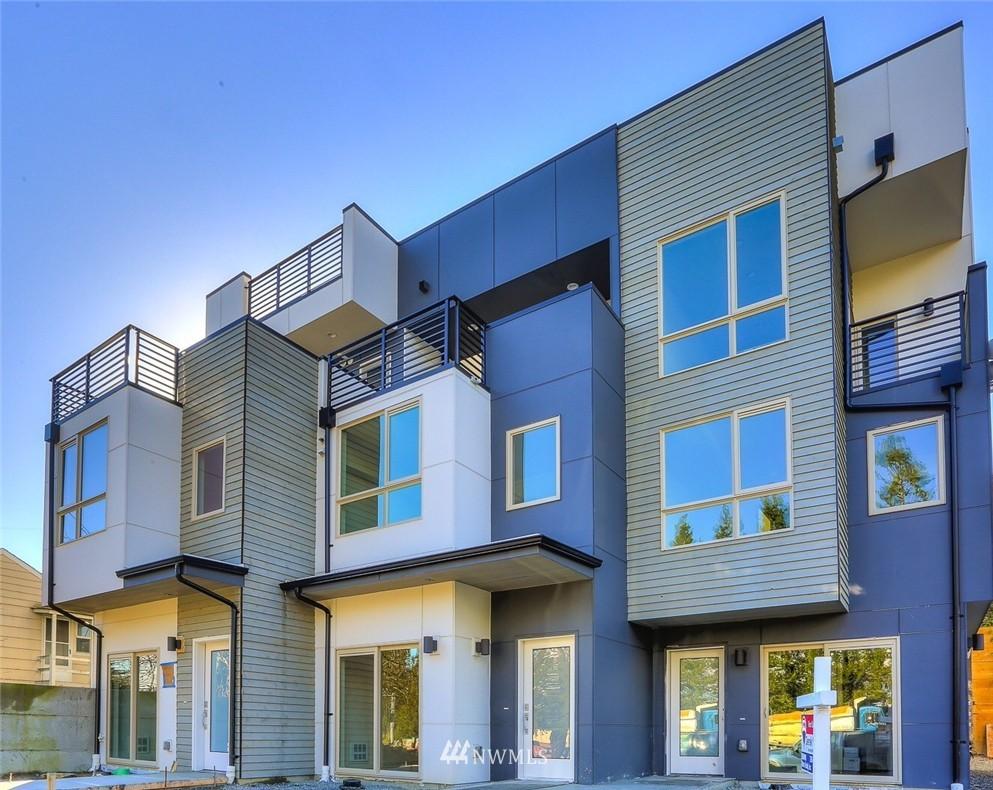 Sold Property   3825 Gilman Ave W Seattle, WA 98199 0