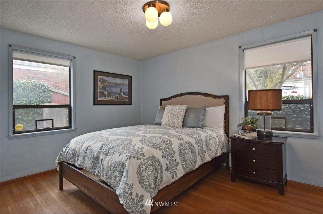 Sold Property | 3022 13th Avenue W Seattle, WA 98119 9