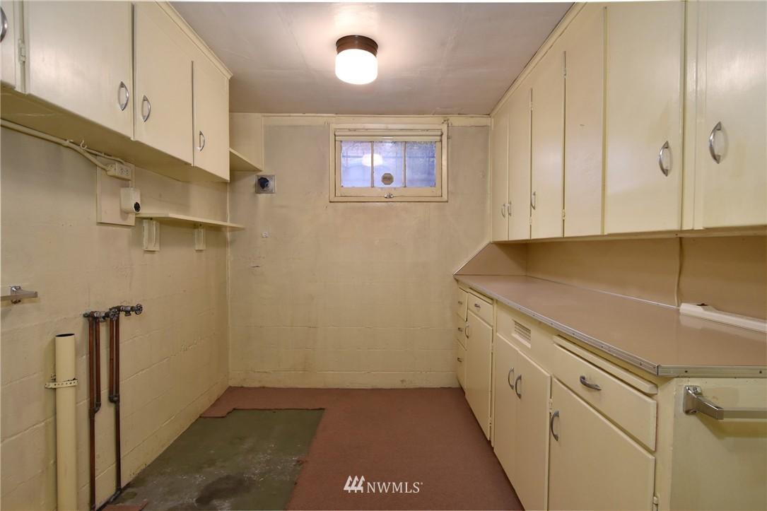 Sold Property | 3022 13th Avenue W Seattle, WA 98119 16